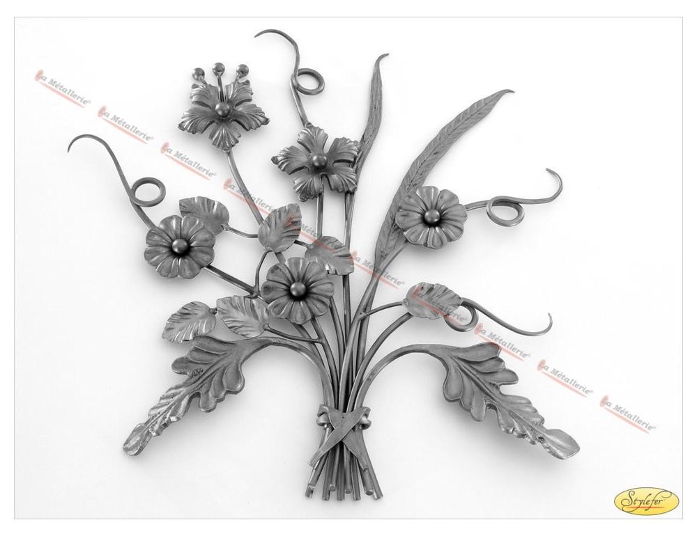 La m tallerie pn10 bouquet de fleurs en fer forg for Bouquet de fleurs 10